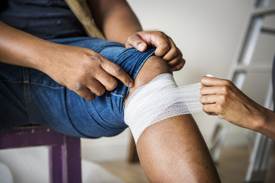 Troubles de la circulation veineuse: facteurs de risque, symptômes et traitements
